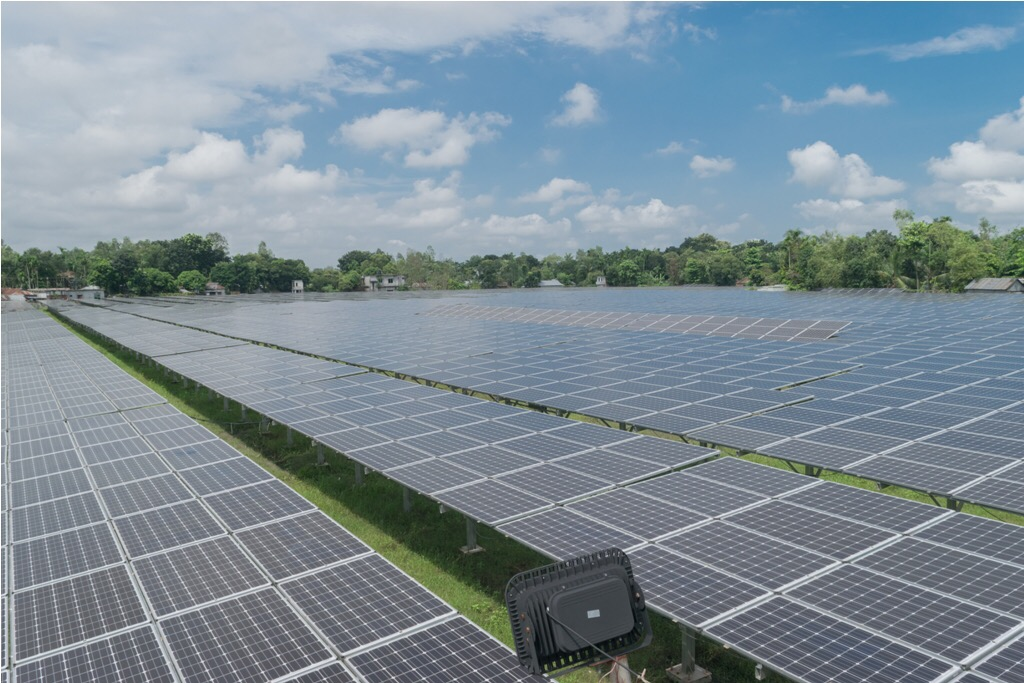 Engreen 3MWp Large Scale Solar Power Plant